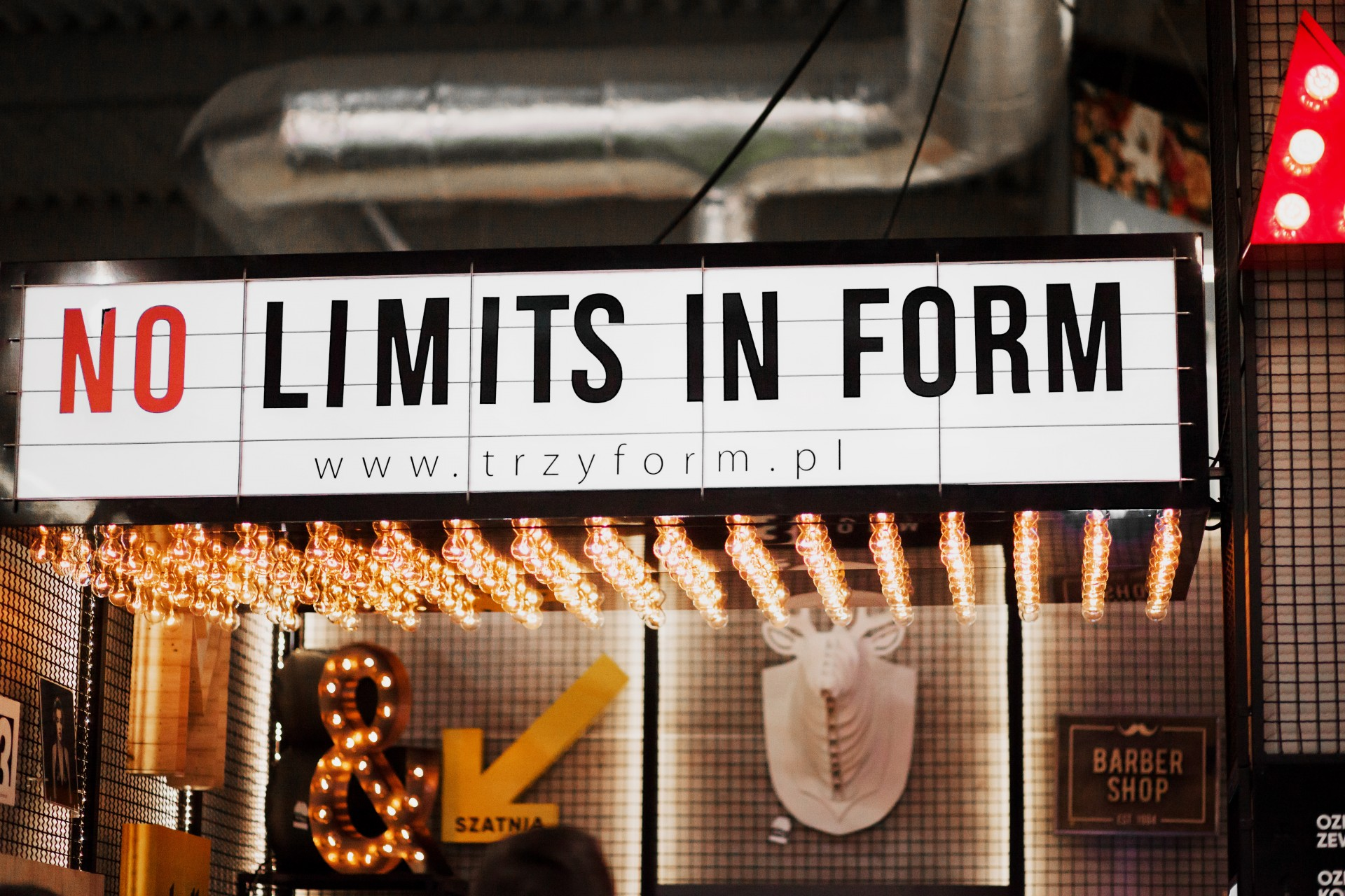 NO LIMITS IN FORM